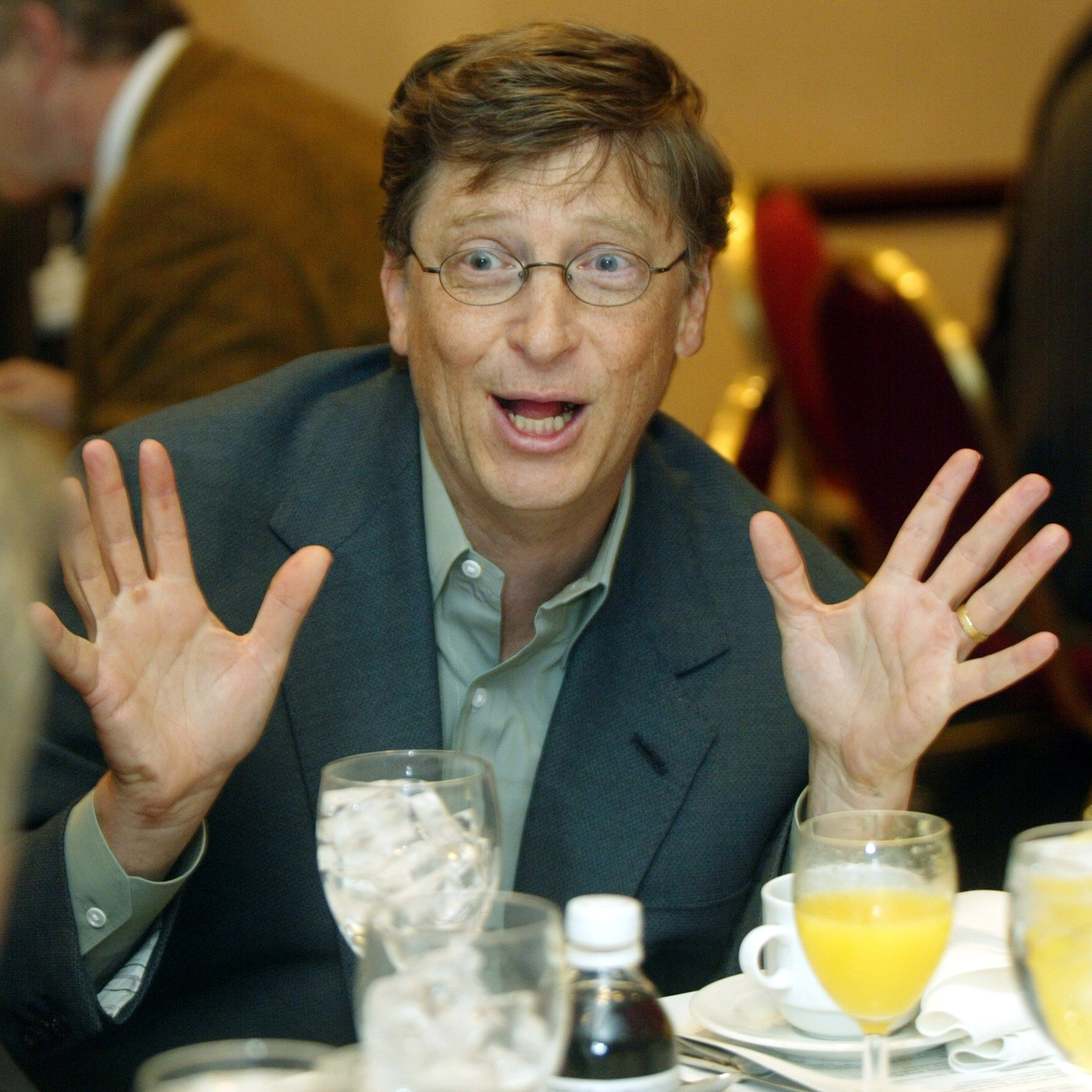 Bill Gates se pasa al software libre
